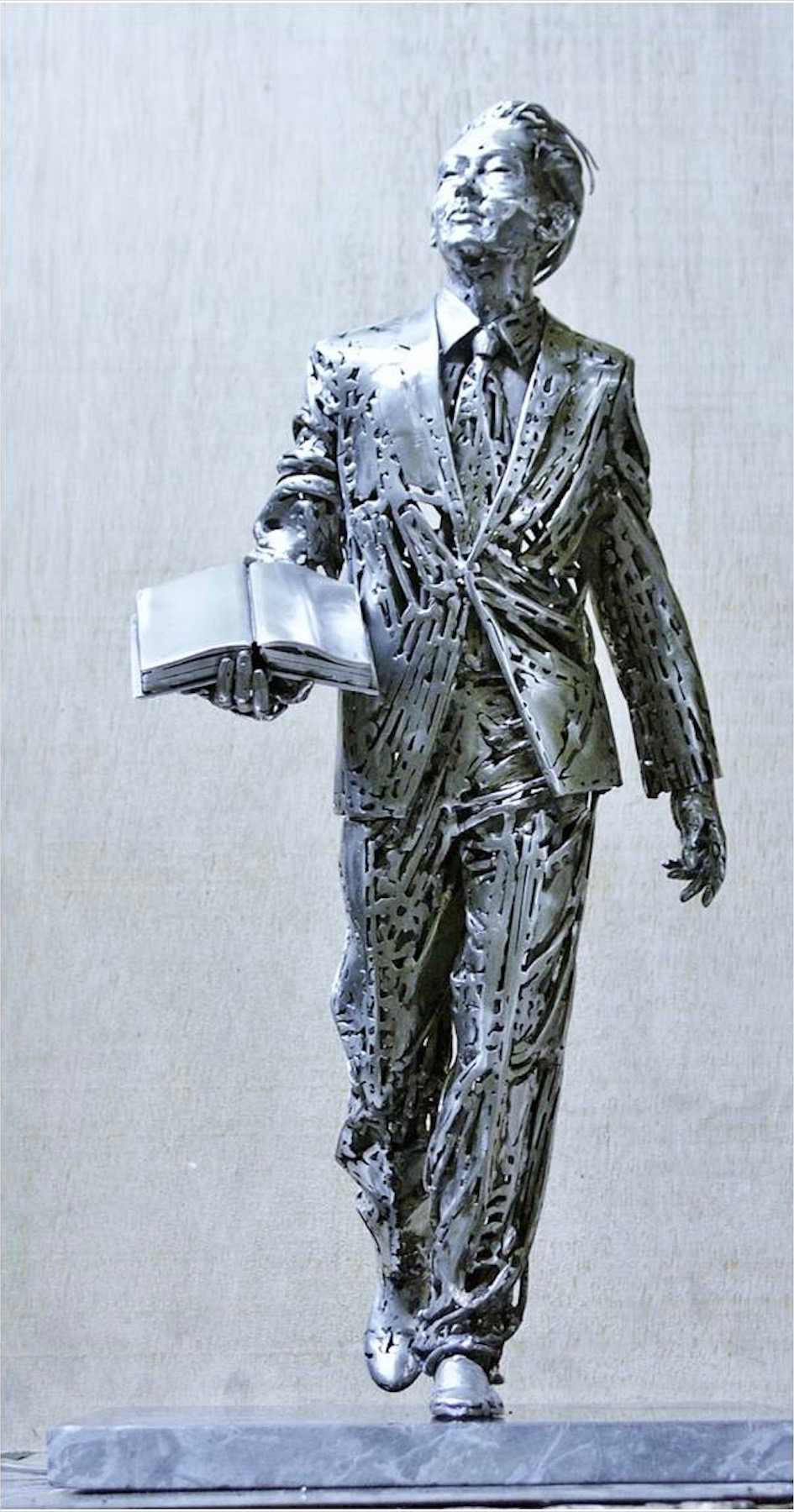 Lee Kuan Yew - Sculpture For Sale By Artist Jordi Diez | Sculptor.org
